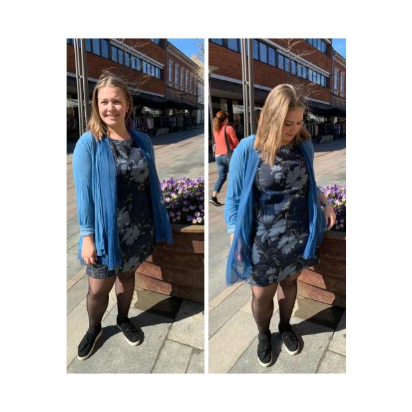 Eghoff hør kjole mørkeblå blomst fra The & ide