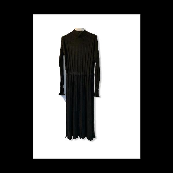 Strik kjole sort